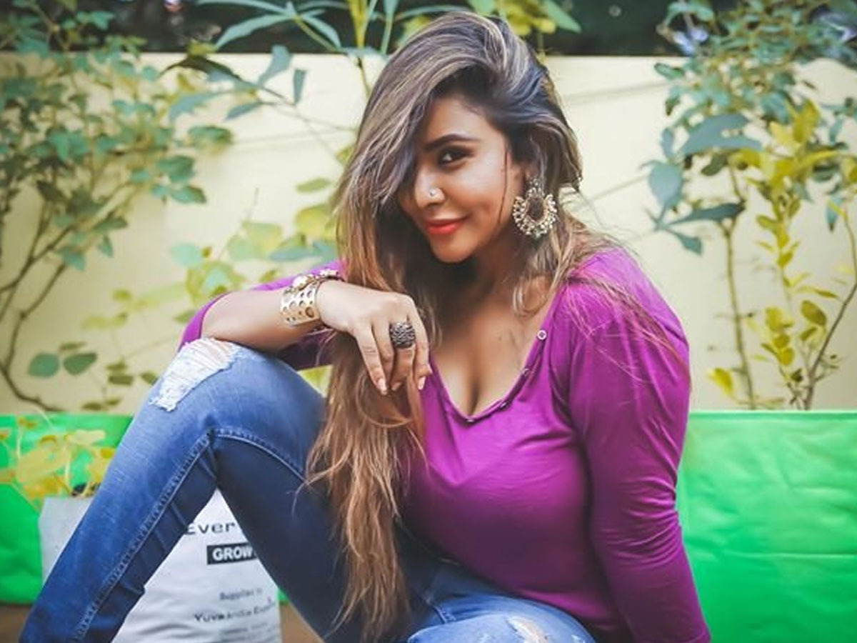 Frustrated Sri Reddy says, I have Va*ina and I will remove b*lls