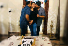 Brothers planting kisses on Anushka Shetty Cheeks
