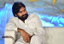 Pawan Kalyan locked actress for Pink Remake