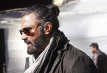 Suneil Shetty First Look From Darbar : Cool Suave Villain
