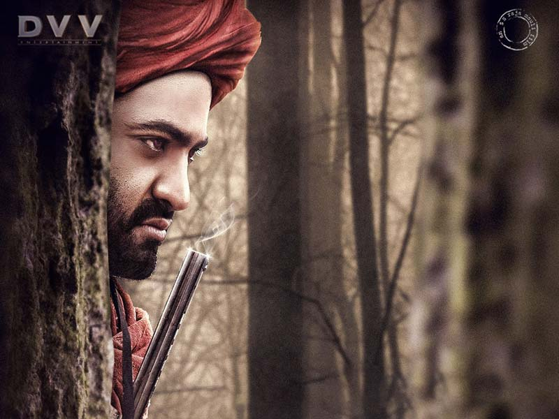 Bare Body look of Jr NTR from RRR gets Leaked