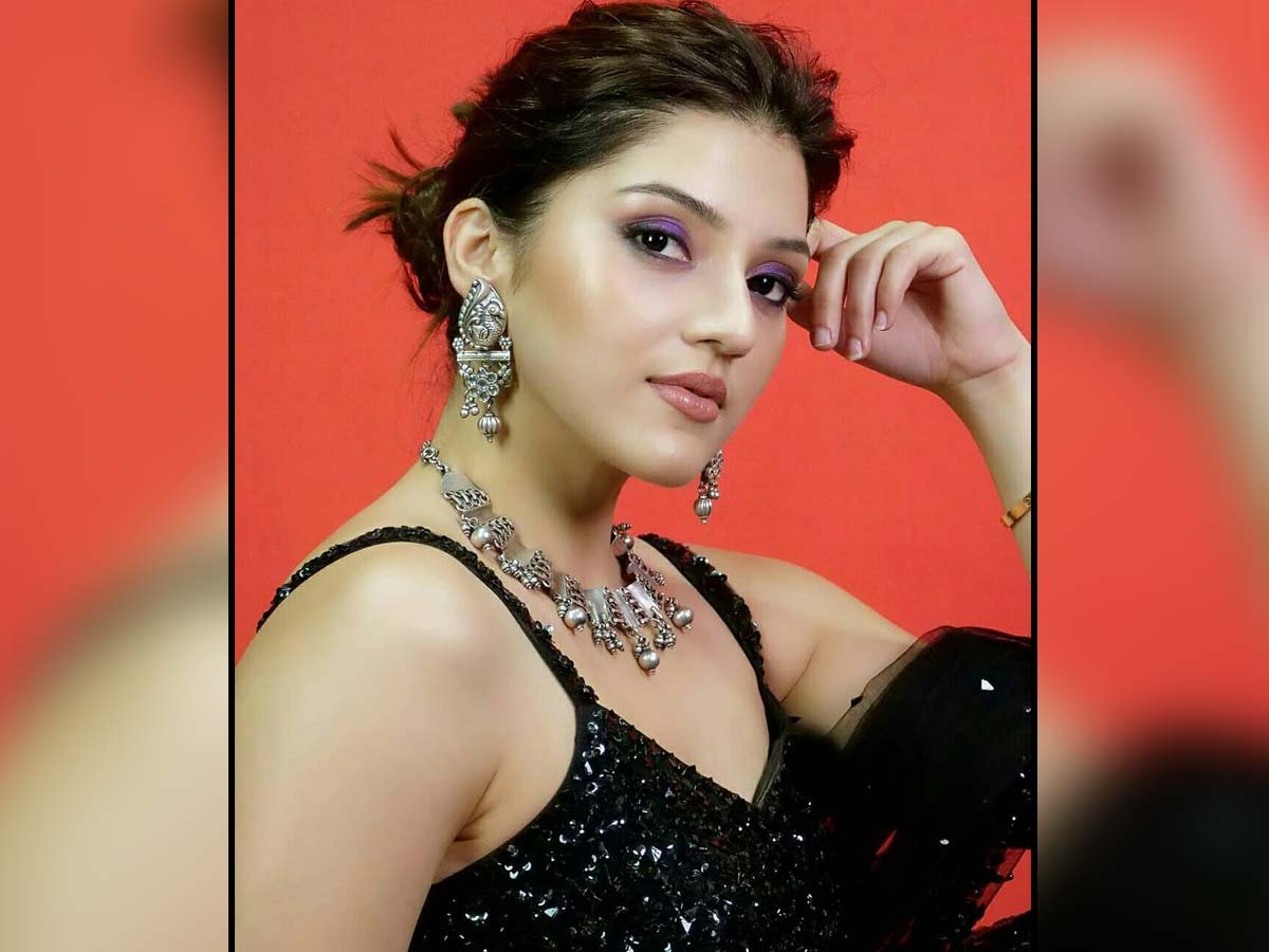 Mehreen Pirzada gives up dignified silence