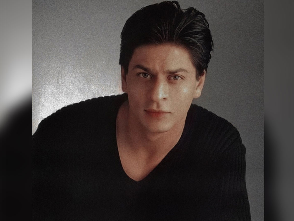 SRK finally to announce his next