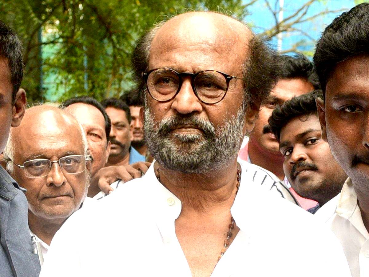 Rajinikanth donates  Rs 50 Lakhs to FEFSI