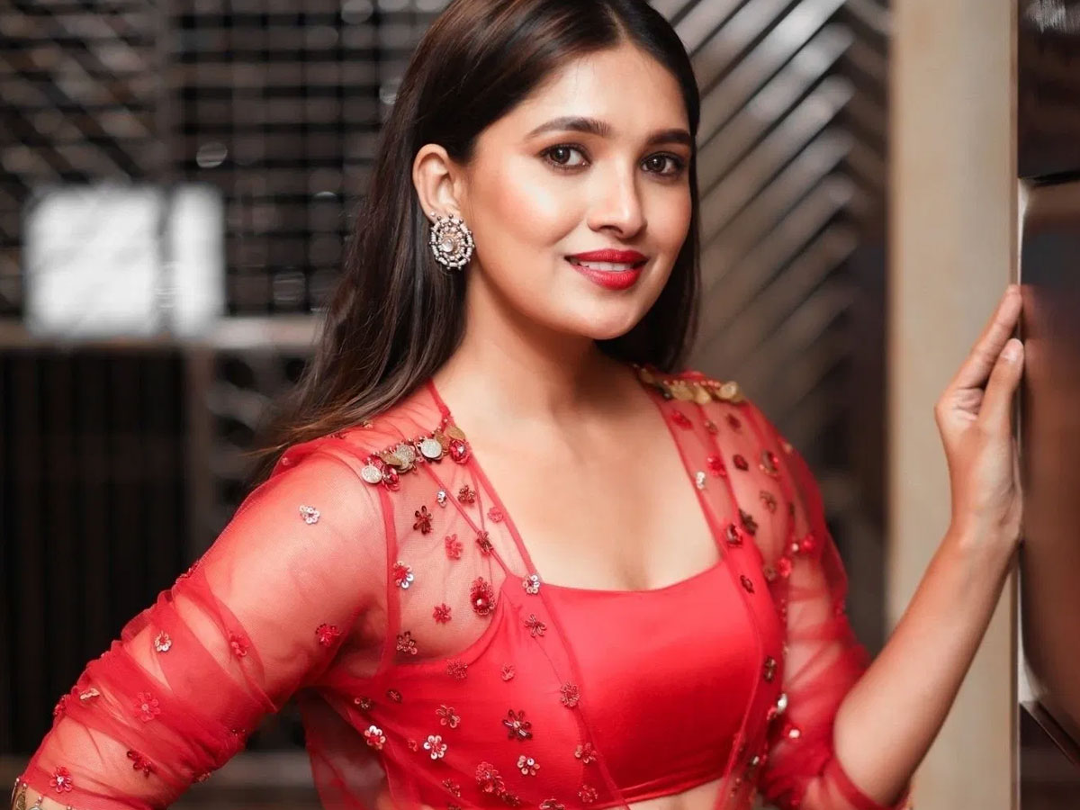 Vani Bhojan says, Producer asked me to share bed