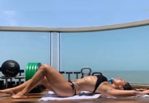 Breathtaking pose of Shroff Girl in bikini