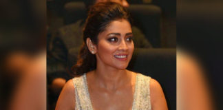 Pay Rs 200 and shake leg with Shriya Saran