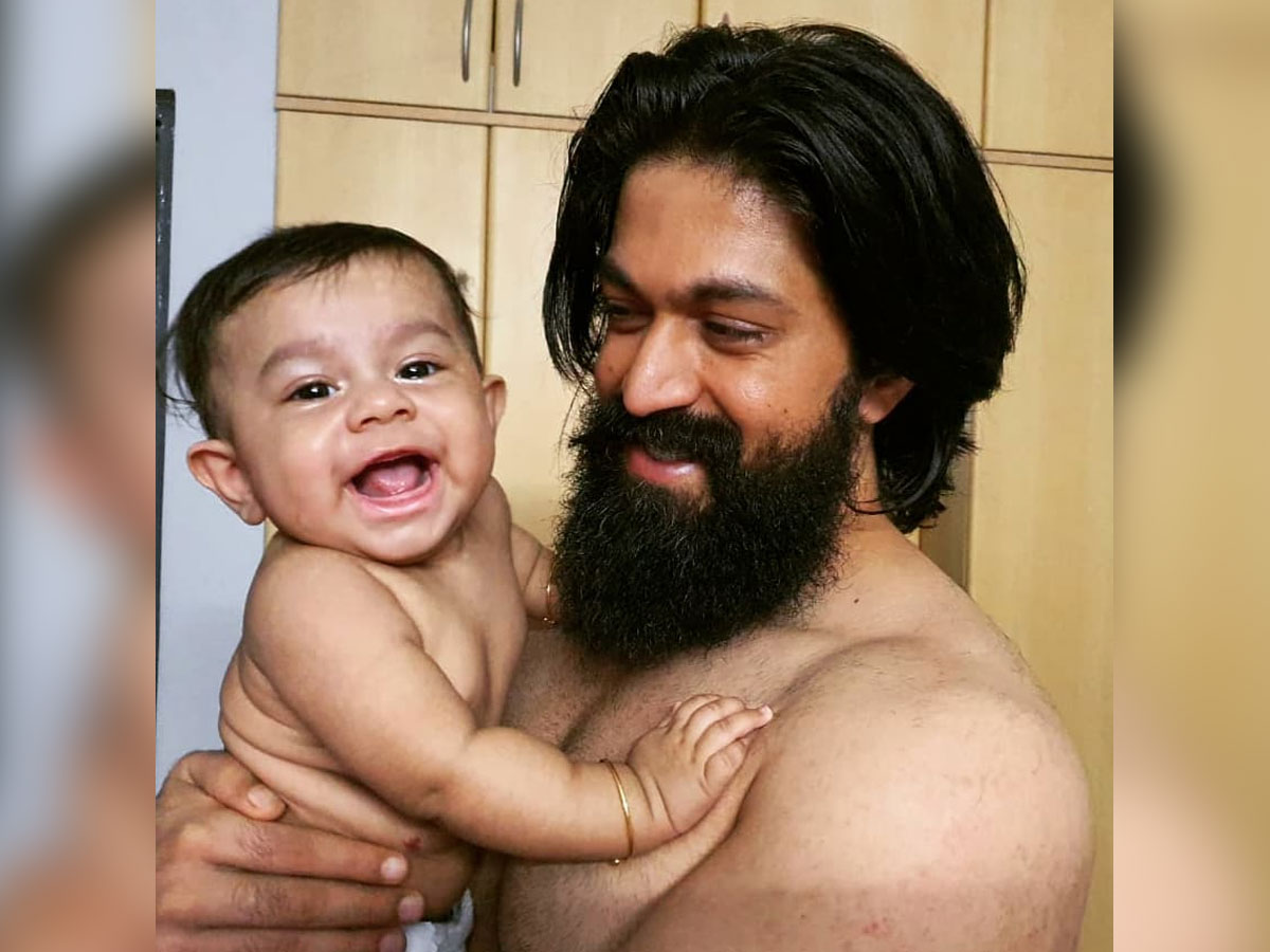 Shirtless Yash and Son Ayush melting hearts