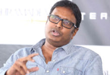 Fresh Rumor! Gunasekhar busted in his style