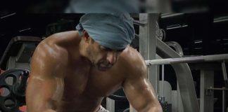 Midnight treat! Salman Khan shirtless