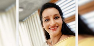 Truth is that Renu Desai is not part of Major