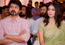Vijay is Malavika Mohanan 4 am friend?