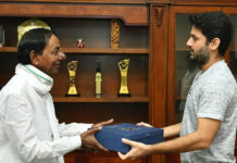 Nithiin wedding invitation to CM KCR