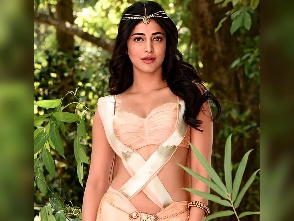 Shruti Haasan got movies because of her surname