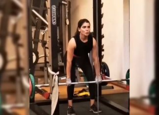 Samantha Akkineni lifts heavy weights