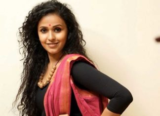 Singer Smita tests positive for Coronavirus