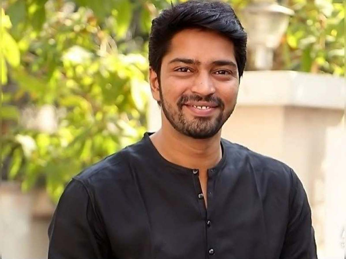 Allari Naresh crisp role in flashback episodes of Balakrishna film
