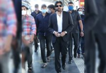 Pawan Kalyan during his metro travel