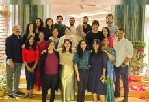 Amala, Nagarjuna, Naga Chaitanya, Samantha and Akhil grinning ear to ear with joy