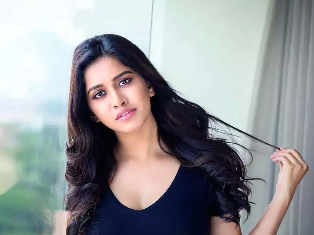 Nabha Natesh: I am in love But no one writes love letter to me