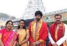 Niharika and Chaitanya seek Lord Venkateshwara blessings