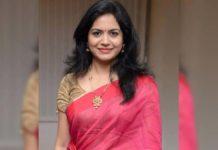 Singer Sunitha opts Destination wedding
