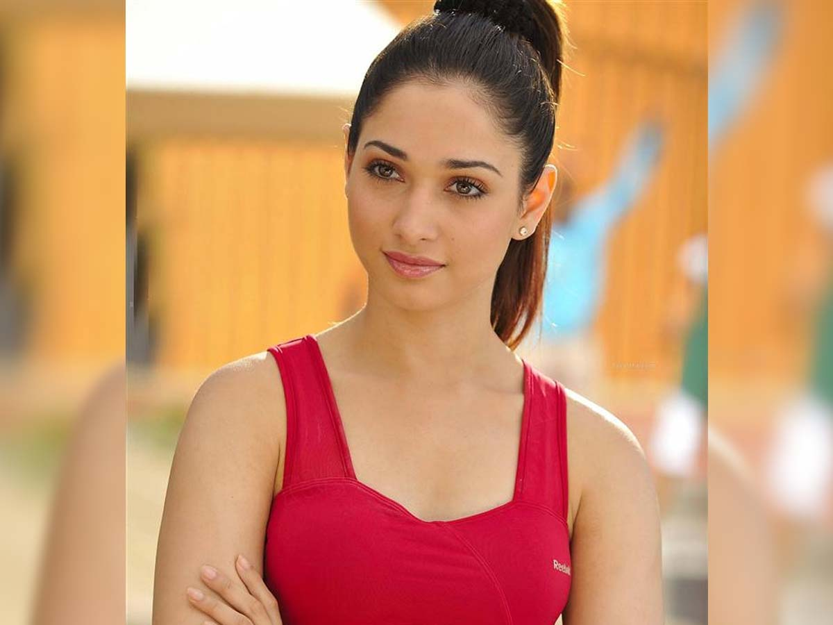 Tamannah to complete her Tollywood commitments
