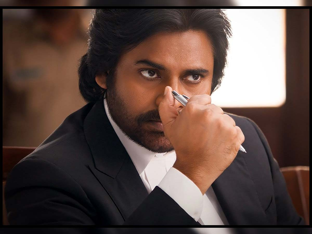 Pawan Kalyan bags a humungous amount in his re-entry