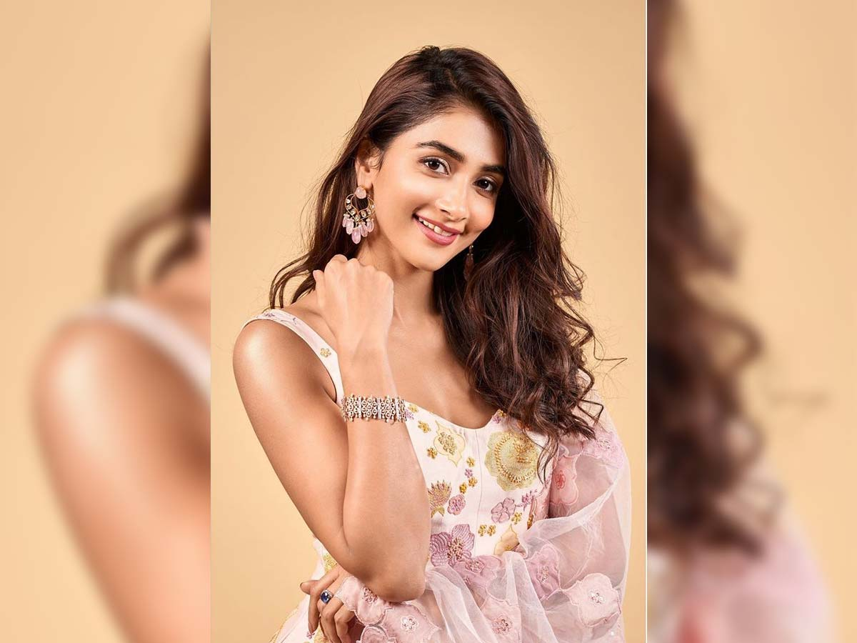 Pooja Hegde roped in for Vijay's next