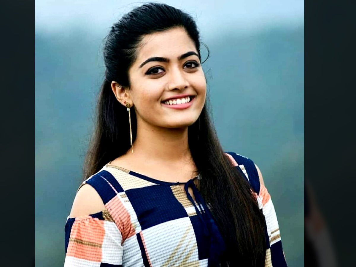 Rashmika Mandanna Load of love to Uppena pair