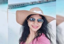 Singer Sunitha enjoying honeymoon in Maldives