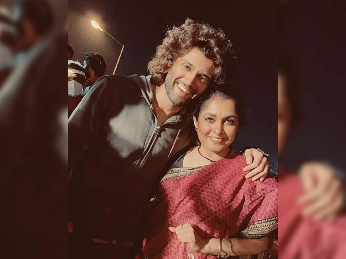 Vijay Deverakonda and Ramya Krishna posing together