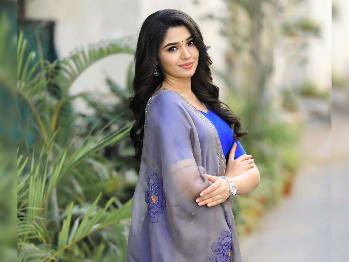 Krithi Shetty to have a cute accent