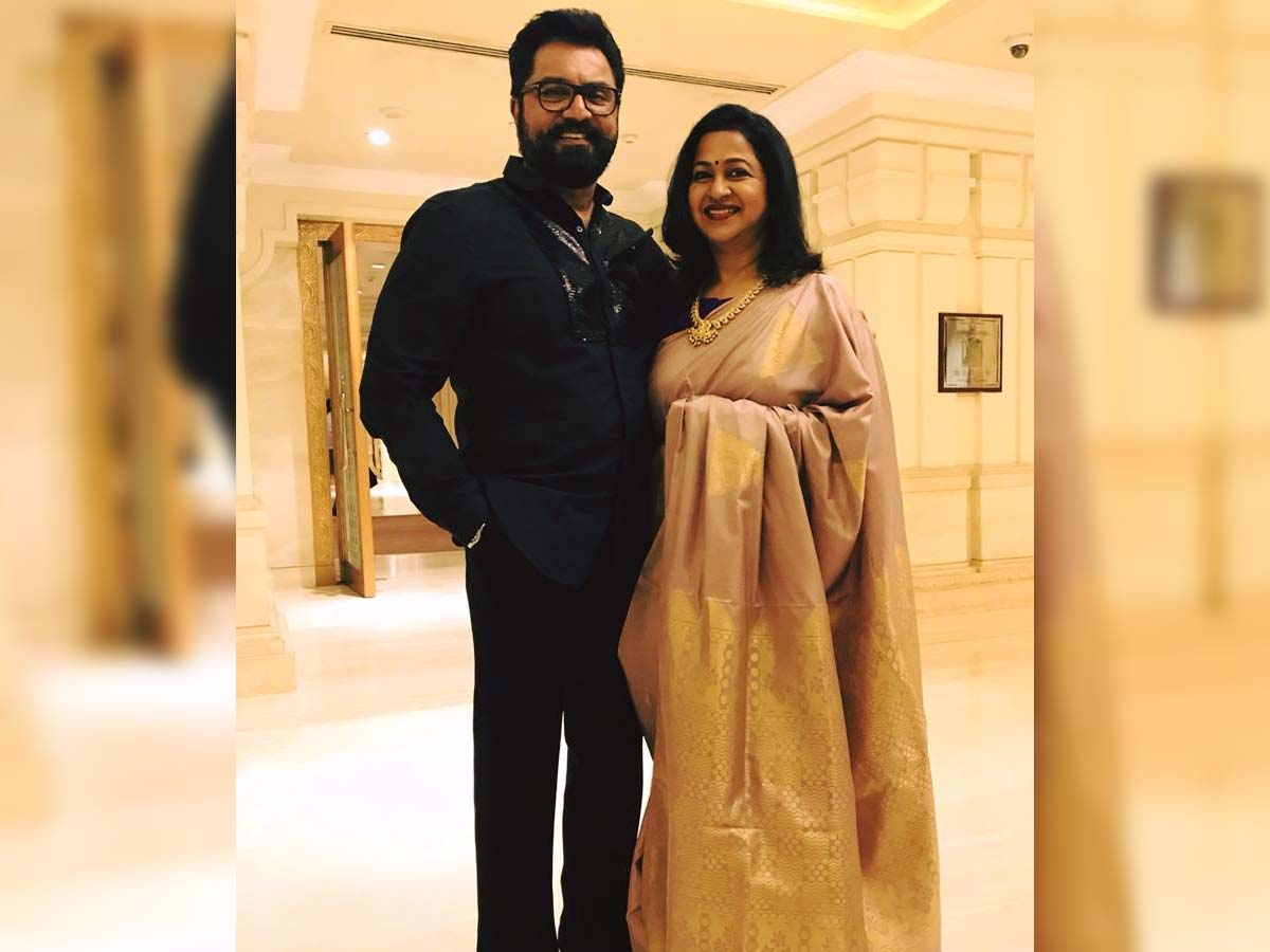 Sarathkumar and Radhikaa sentenced to one year jail