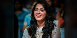 Anushka Shetty loads love