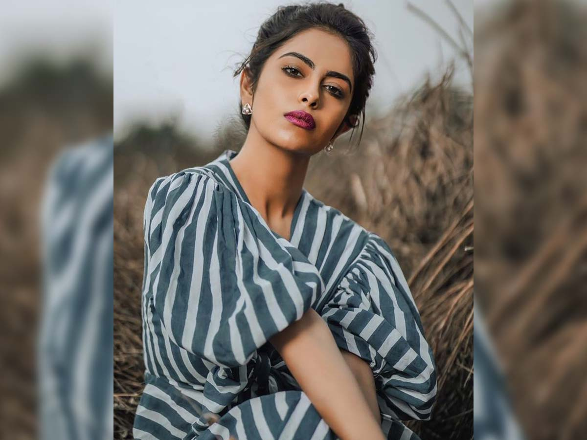 Avika Gor - A journalism student in Amaran in The City