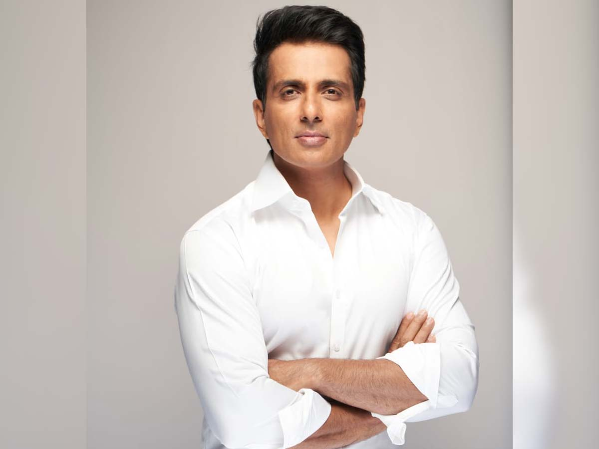 Sonu Sood brings Oxygen Plant from France