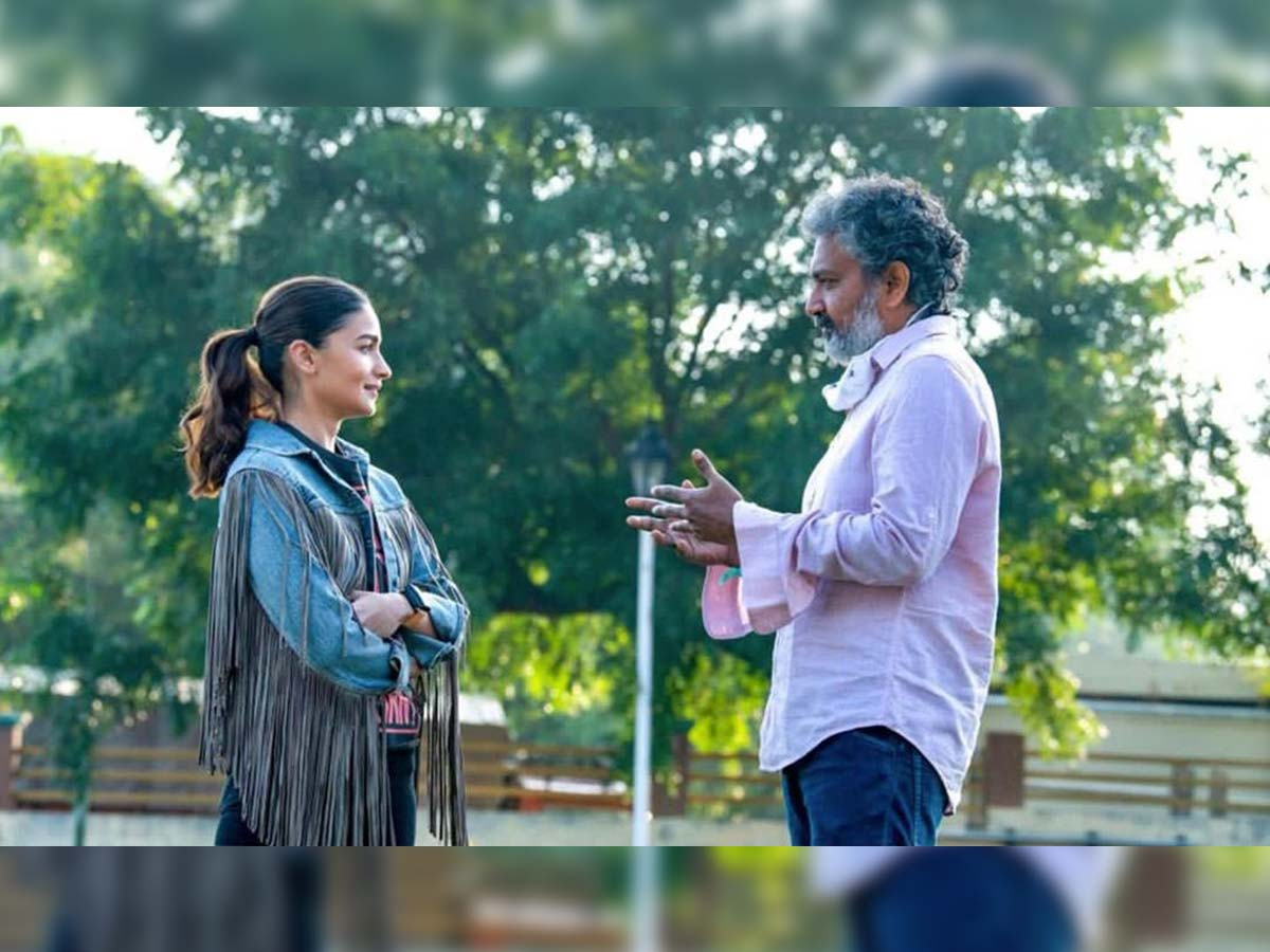 Rajamouli asks Alia Bhatt to lose weight for RRR special song