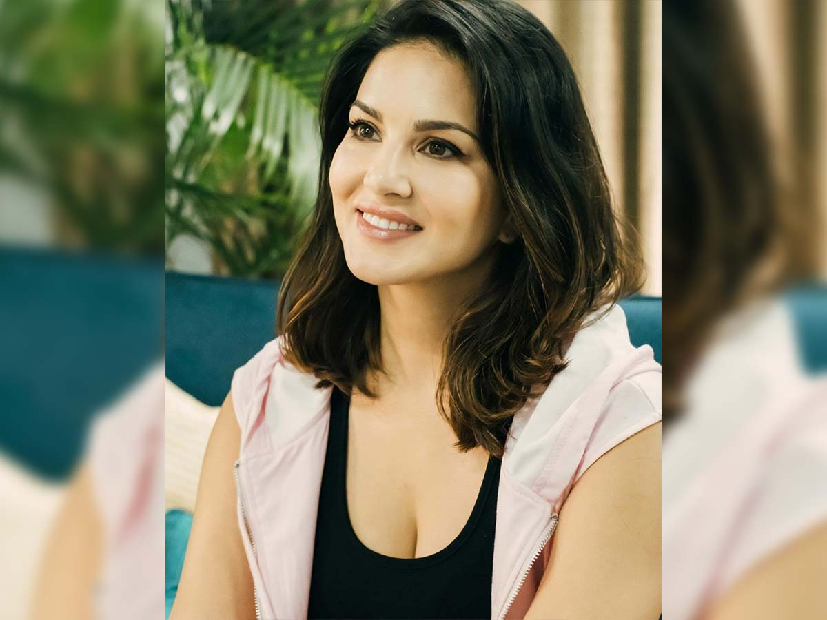 SunnyLeone quotes Rs 50 Lakh remuneration for Pushpa special song