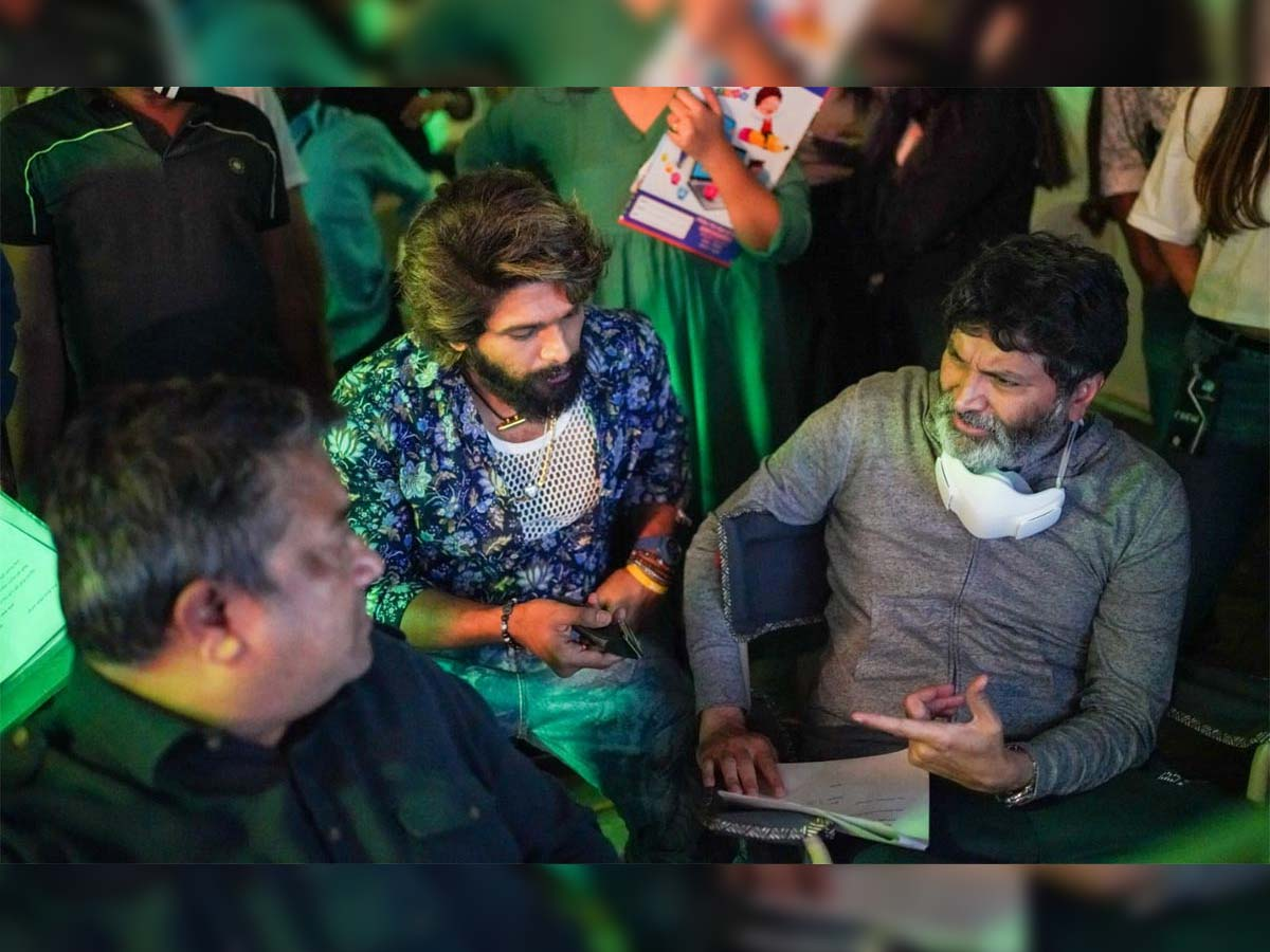 Allu Arjun and Trivikram shooting for an ad