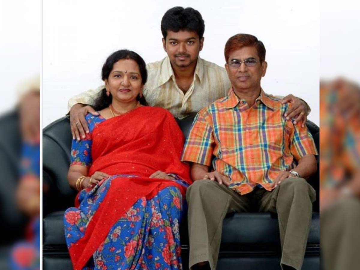 Thalapathy Vijay files a case on his parents